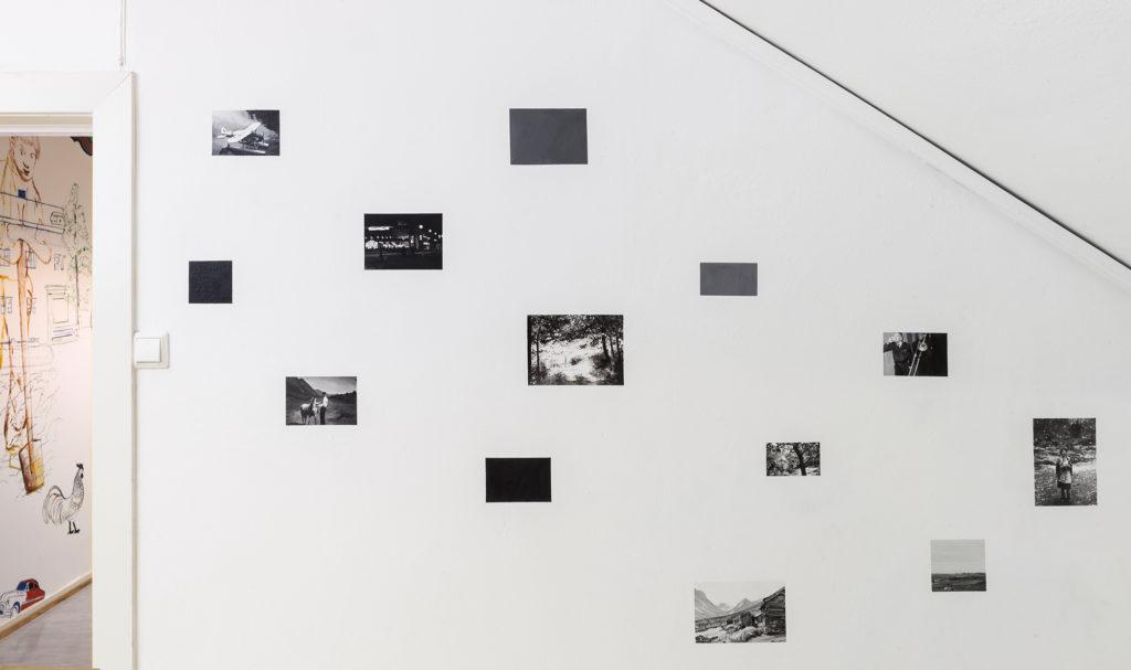 """""""Å strekke tiden"""" av Hedvig Lien Rytter. Akryl på fotomotiver. Foto: Hedvig Lien Rytter"""